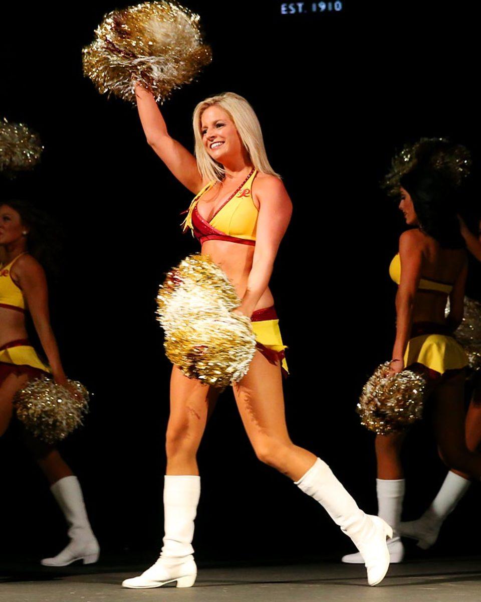 redskins-cheerleaders-BEA_3000A.jpg