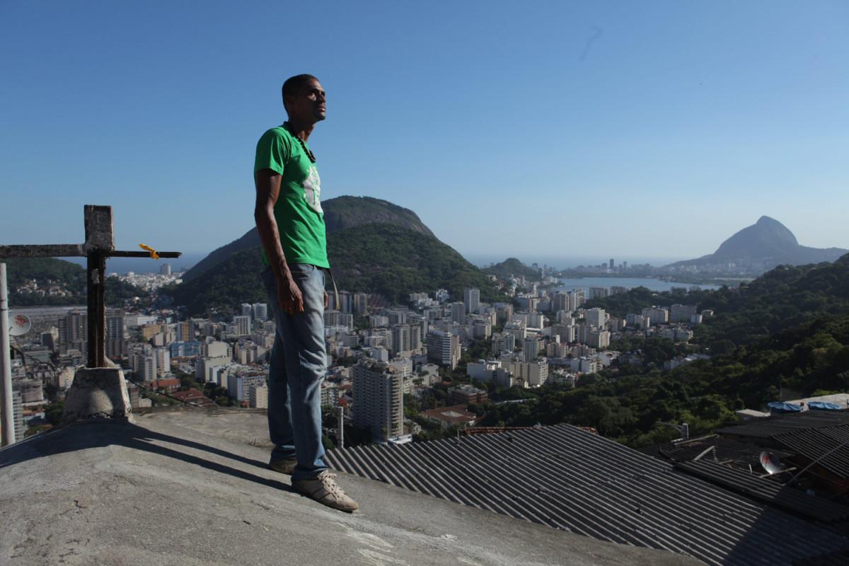 two-brazils-vitor-6