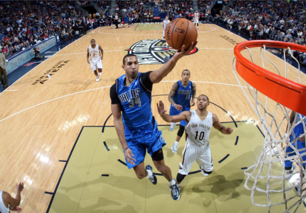 The easy looks come often for Mavs center Brandan Wright. (Layne Murdoch/NBAE via Getty Images)