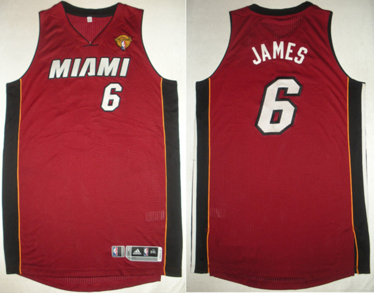 NBA auctions LeBron James' Finals 'Cramp Game' jersey for $50,020 ...