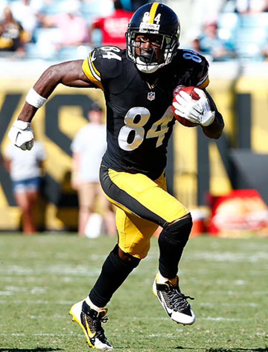 Antonio Brown leads the league in receptions (60) and is second in yards (852). (Sam Greenwood/Getty Images)