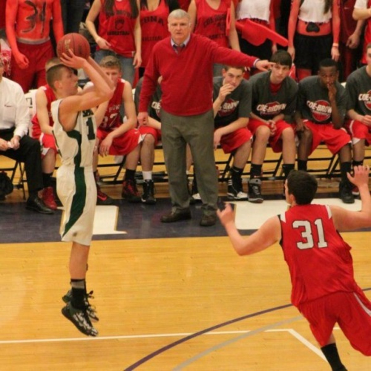 Pat Welch going for the jumper