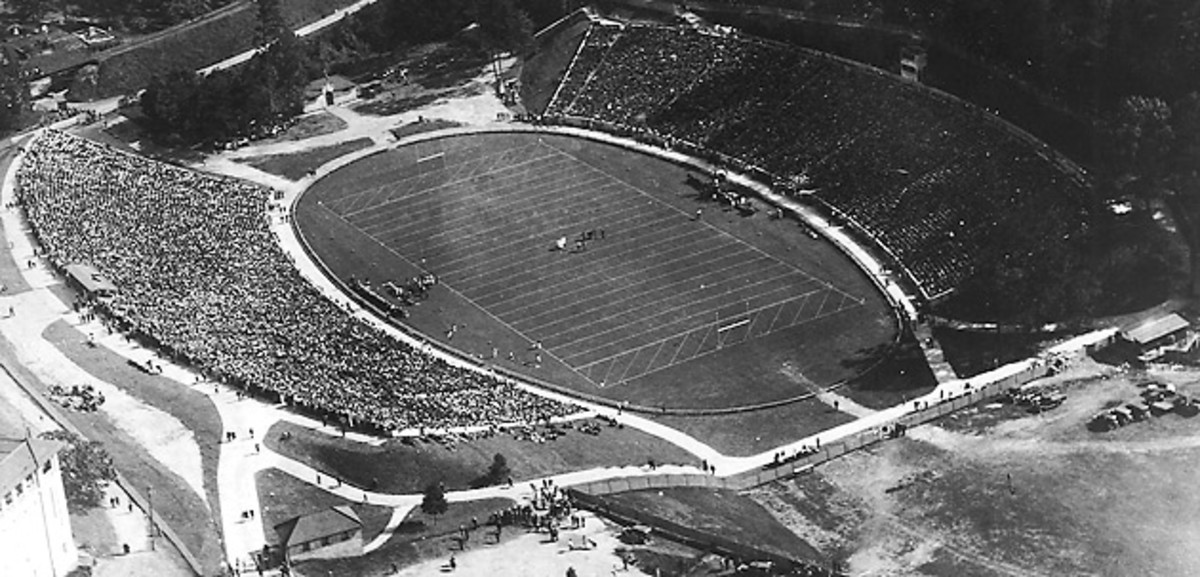 sanford-stadium-georgia-bulldogs-1929.jpg