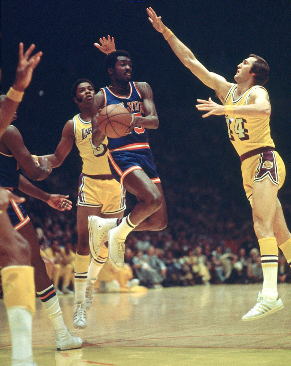 1973-Earl-The-Pearl-Monroe-Jerry-West-Jim-McMillian-001305299_0.jpg