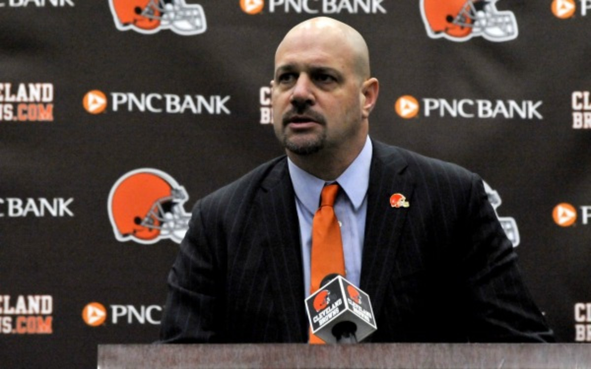 """The Browns plan to be """"meticulous"""" in finding a new quarterback. (Diamond Images/Getty Images)"""