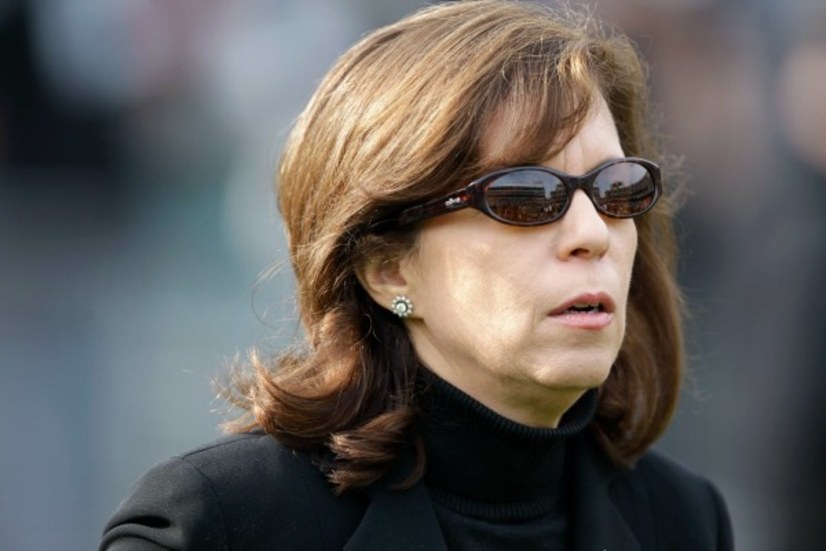 Former Raiders CEO Amy Trask has been critical of the Redskins name. (AP)