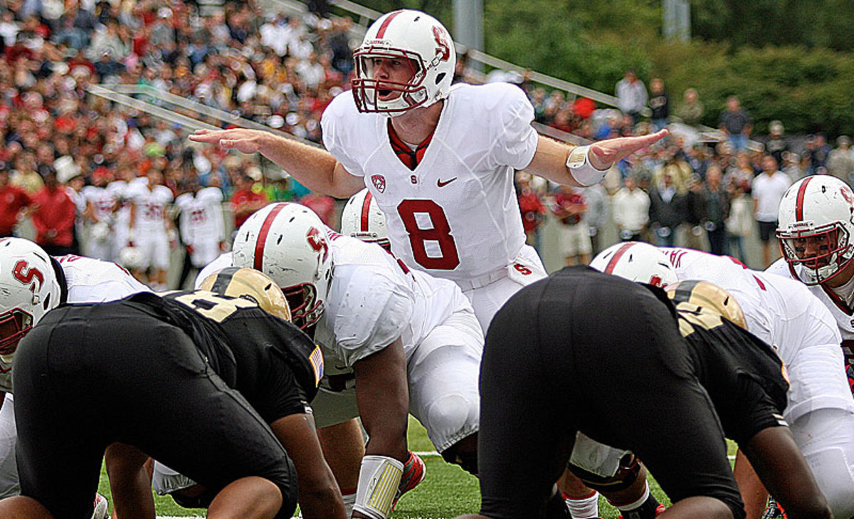 Stanford's Kevin Hogan gets the offense set against Army.
