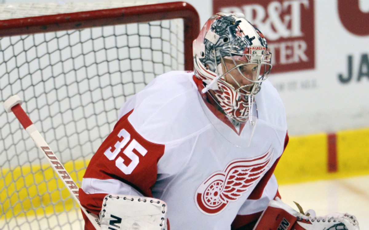 The Red Wings' Jimmy Howard is one of three goaltenders expected to be on the U.S. Olympic roster in 2014. (Ronald C. Modra/Getty Images)