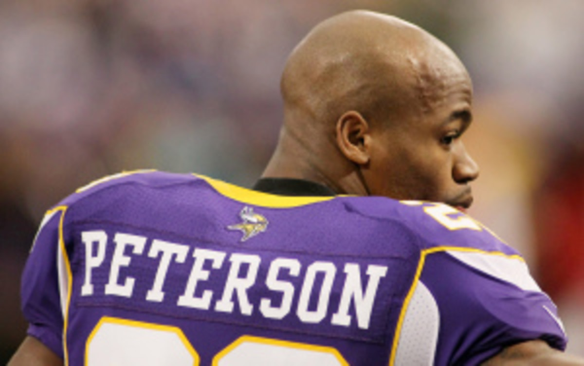 """Reigning AP NFL MVP Adrian Peterson said he thinks it's """"BS"""" players are complaining about a new NFL mandate requiring more padding during games. (Andy King/Getty Images)"""