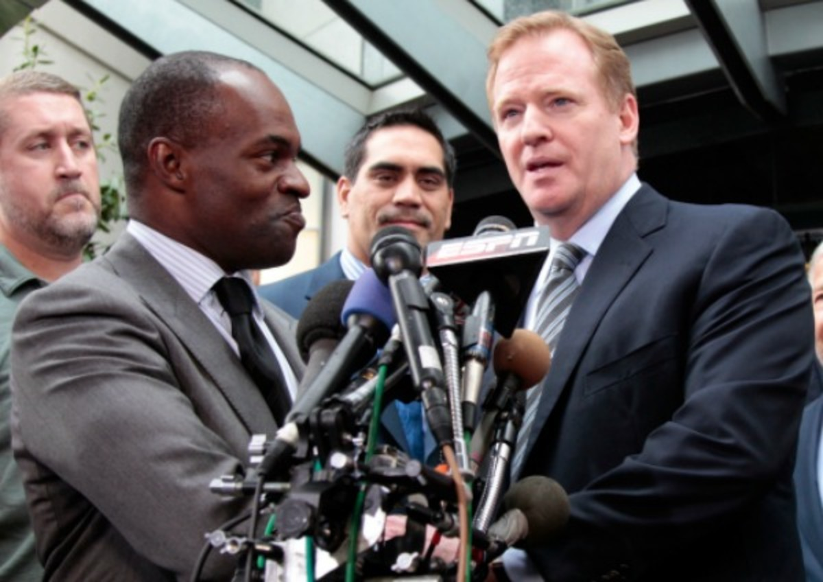 NFLPA Sends Warning Notice of Tension Between Owners, Goodell, Players Over Coronavirus