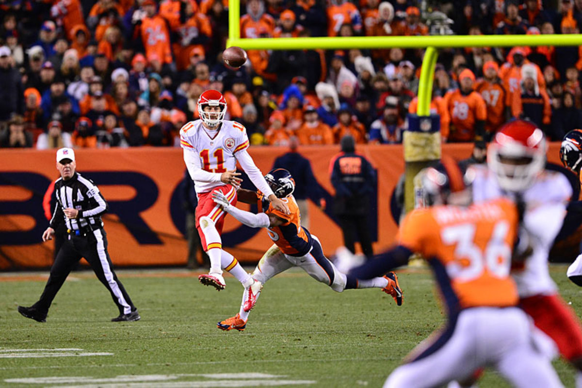 Alex Smith versus the Broncos, at Denver in Week 11. (Robert Beck)