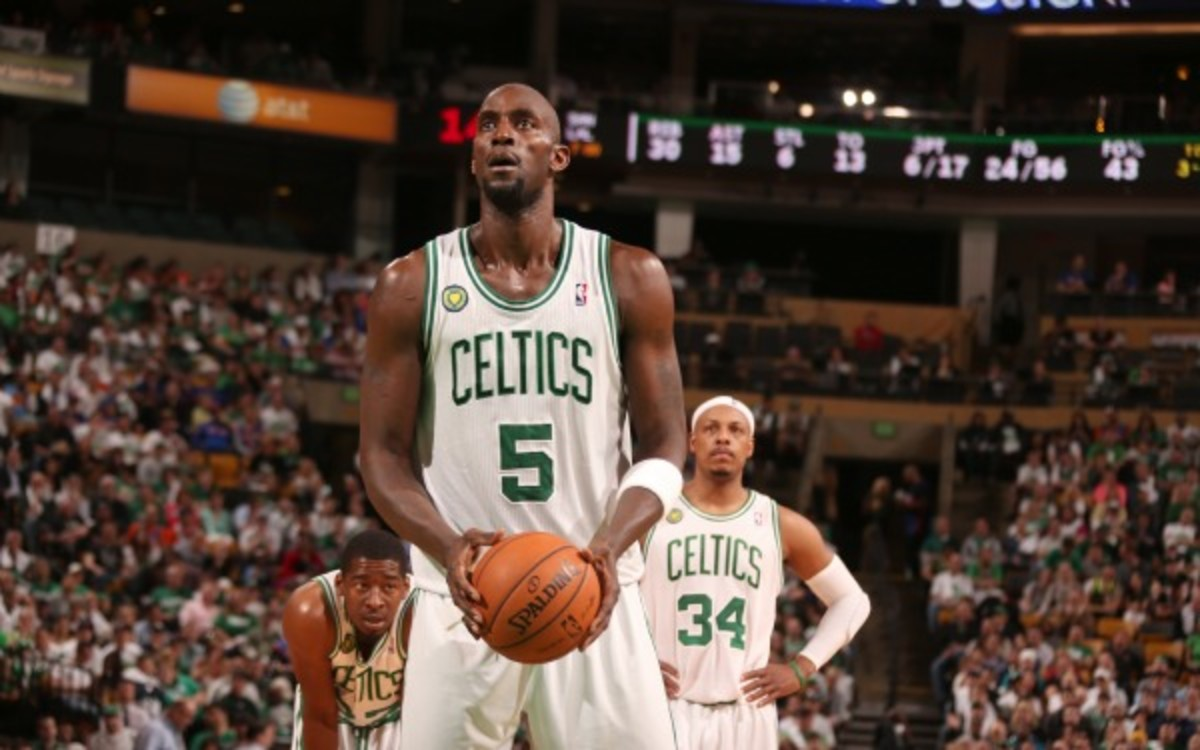 The Nets are interested in possibly acquiring Celtics' Kevin Garnett (Nathaniel S. Butler/Getty Images)