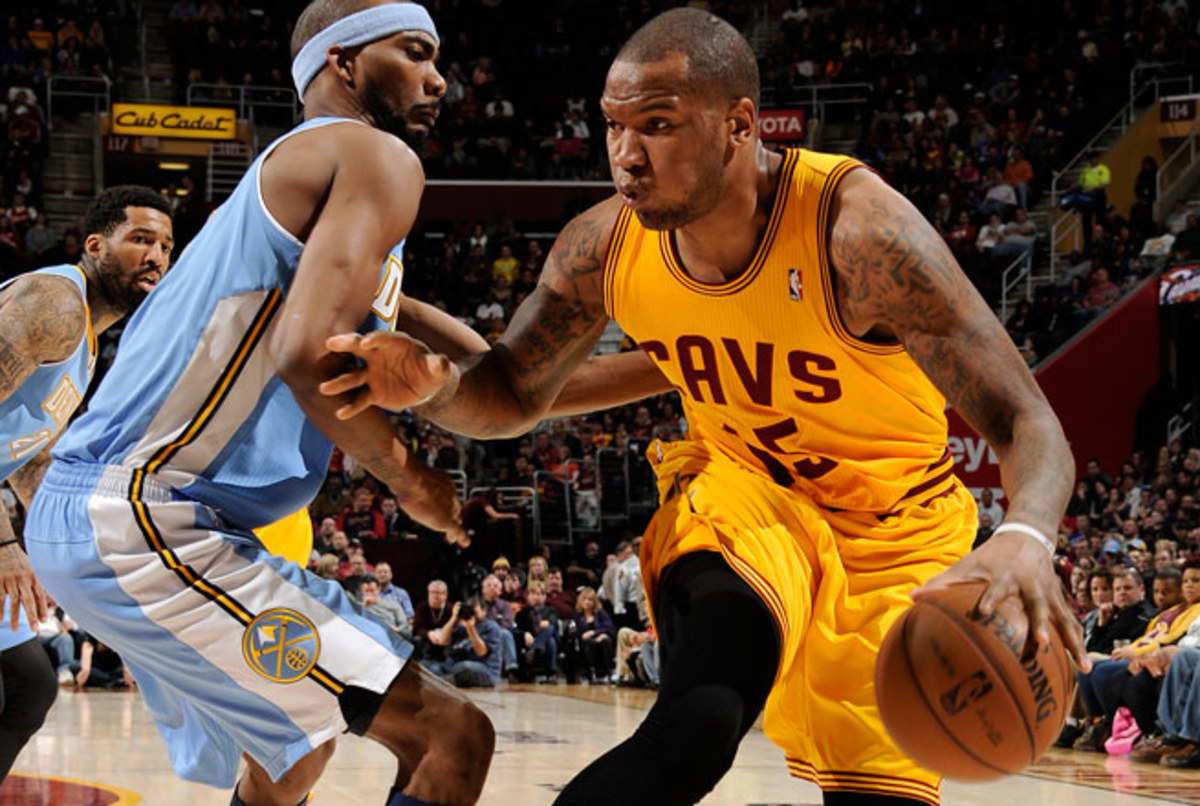 The Warriors are hoping Marreesse Speights can help fill the void left by Carl Landry.