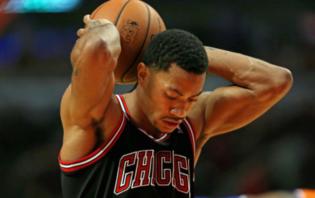 Derrick Rose has averaged 31.6 minutes per game this season. (Jonathan Daniel/ Getty Images)