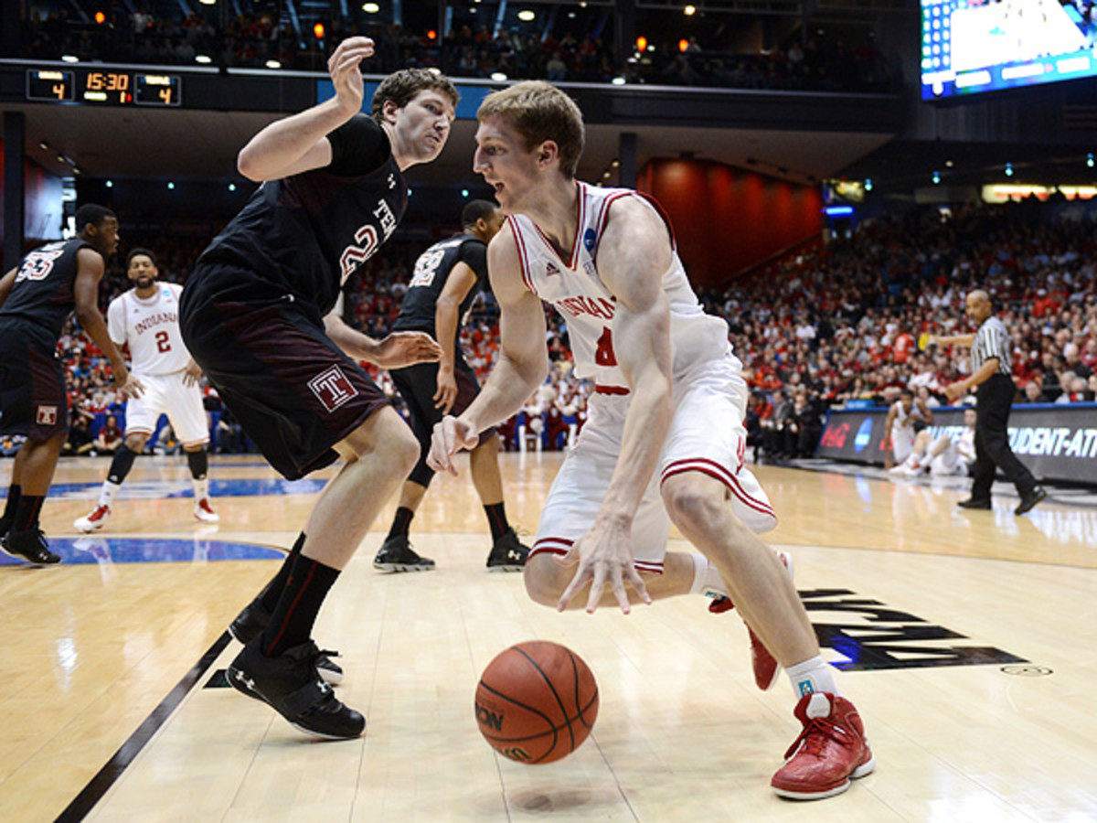 Ball movement will be key for Indiana as it gets ready to tackle Syracuse's 2-3 zone defense. (Jason Miller/Getty Images)