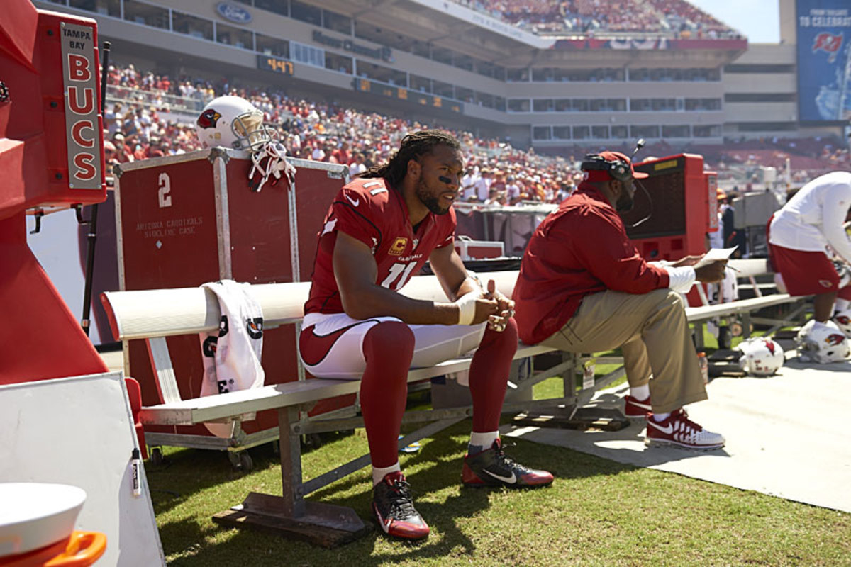 Larry Fitzgerald takes a breather. (Al Tielemans/SI)
