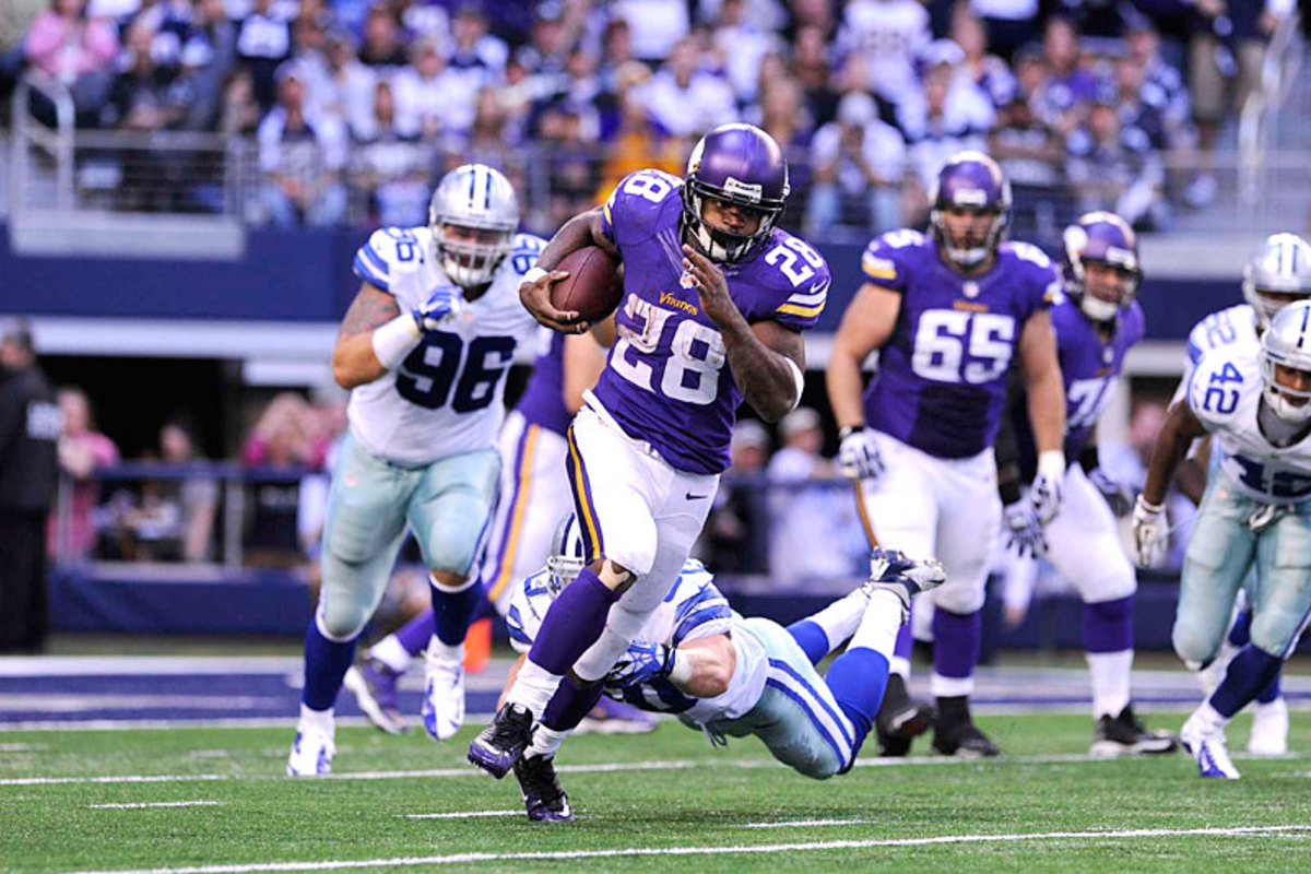 Adrian Peterson, in form against the Cowboys in Week 9. (Greg Nelson)