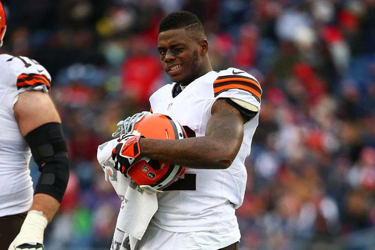 Browns wideout Josh Gordon says hi at New England, Week 14. (Simon Bruty)