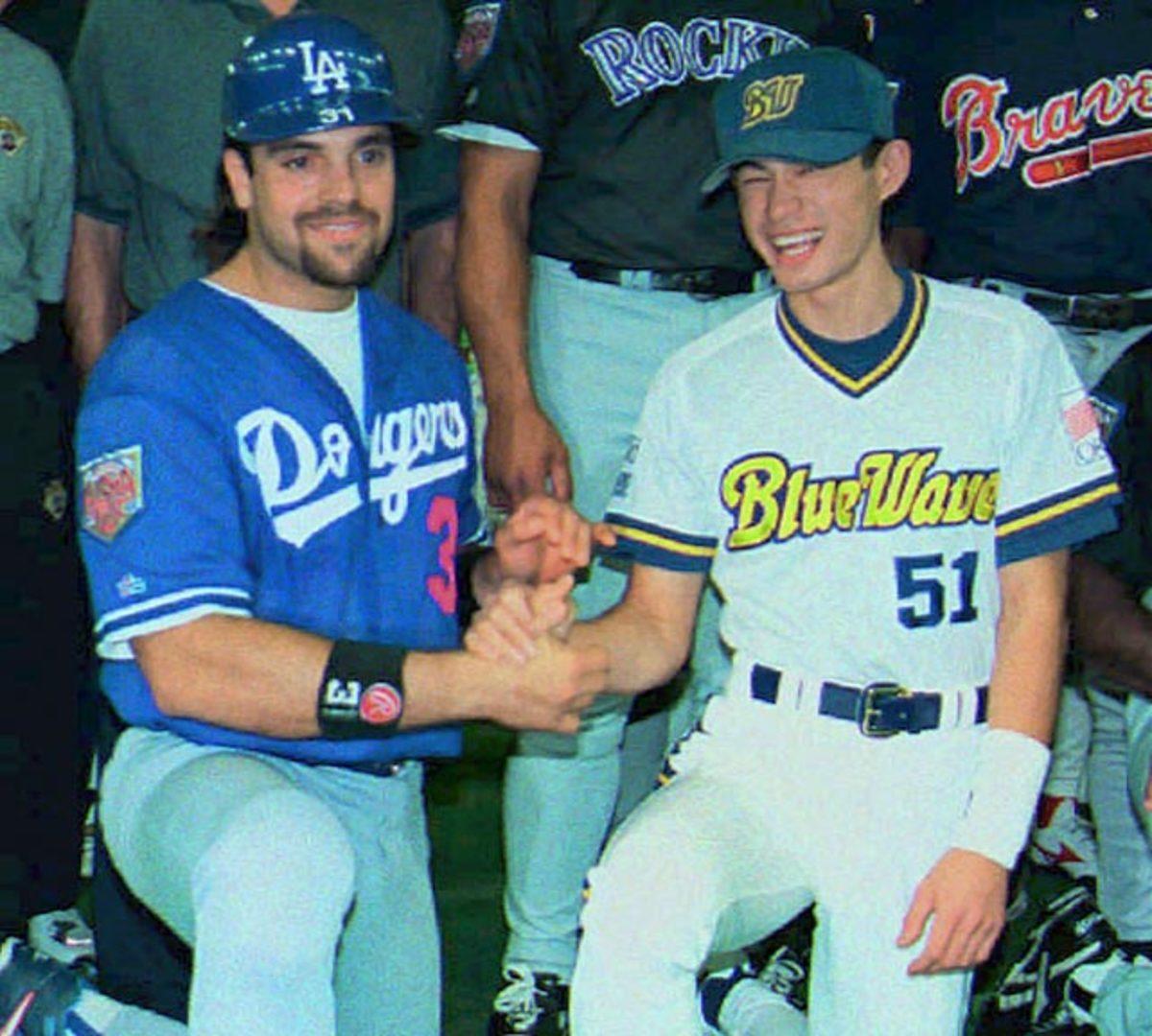 Mike Piazza and Ichiro Suzuki