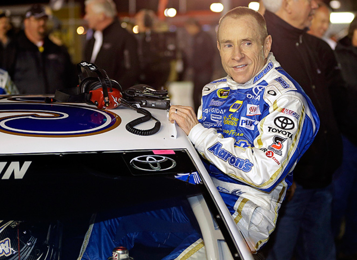 Mark Martin started in his 29th Daytona 500, only three shy of Richard Petty's total starts.