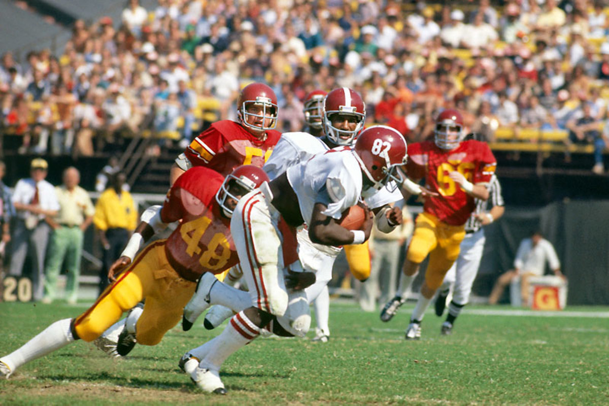 Newsome played mostly end under Bear Bryant at Bama but would move to tight end—he had the build for it—in the pros. (George Long /Sports Illustrated)