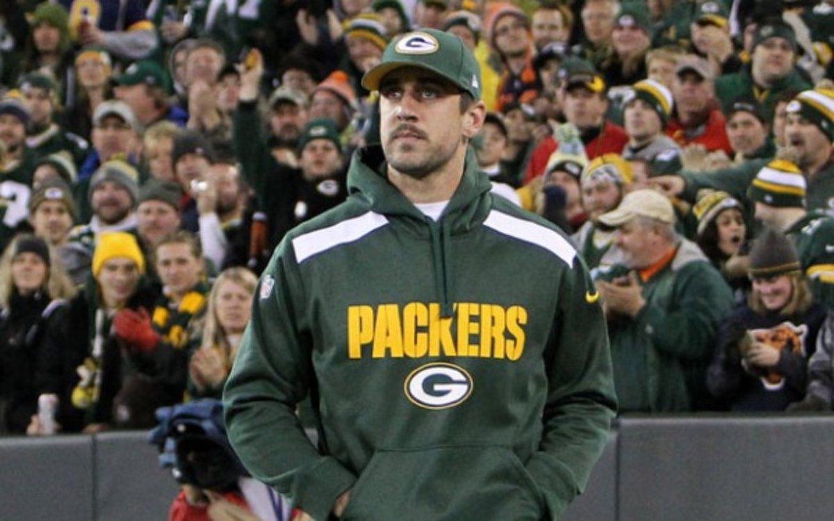 Aaron Rodgers will miss his seventh straight game with a broken collarbone. (Getty Images)