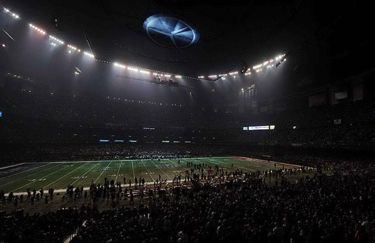 A power outage stopped play for more than 30 minutes during the Super Bowl in the Superdome.