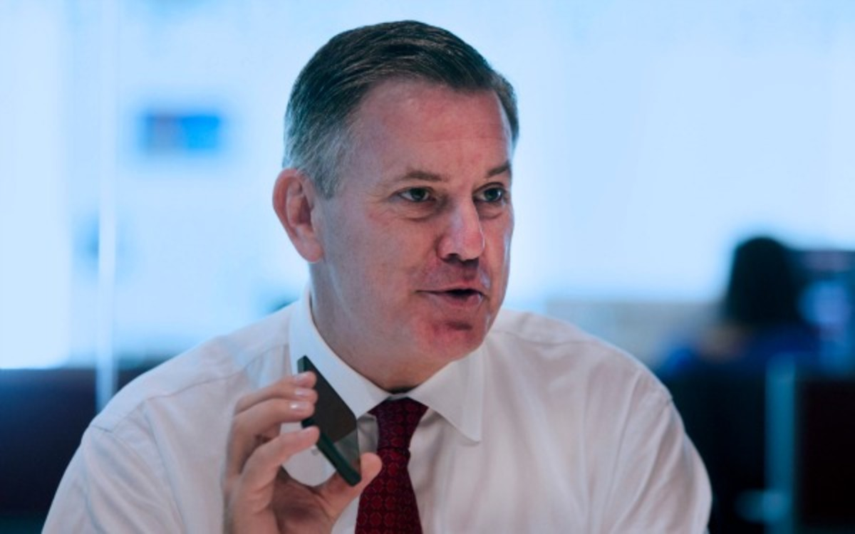 Maple Leafs CEO Tim Leiweke says he wants to focus on the future not the past. (Bloomberg/Getty Images)