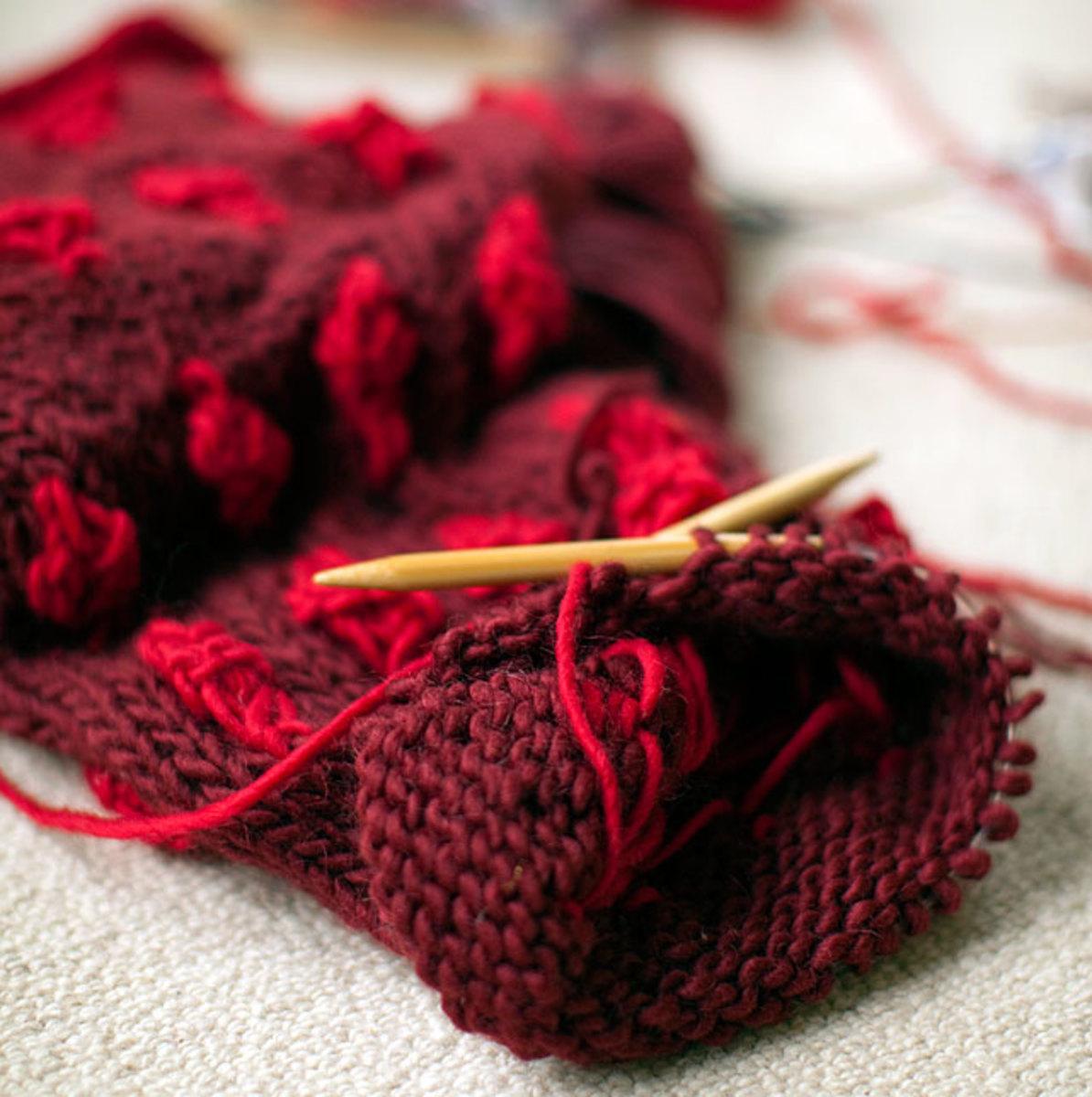 131030095922-knitted-scarf-single-image-cut.jpg