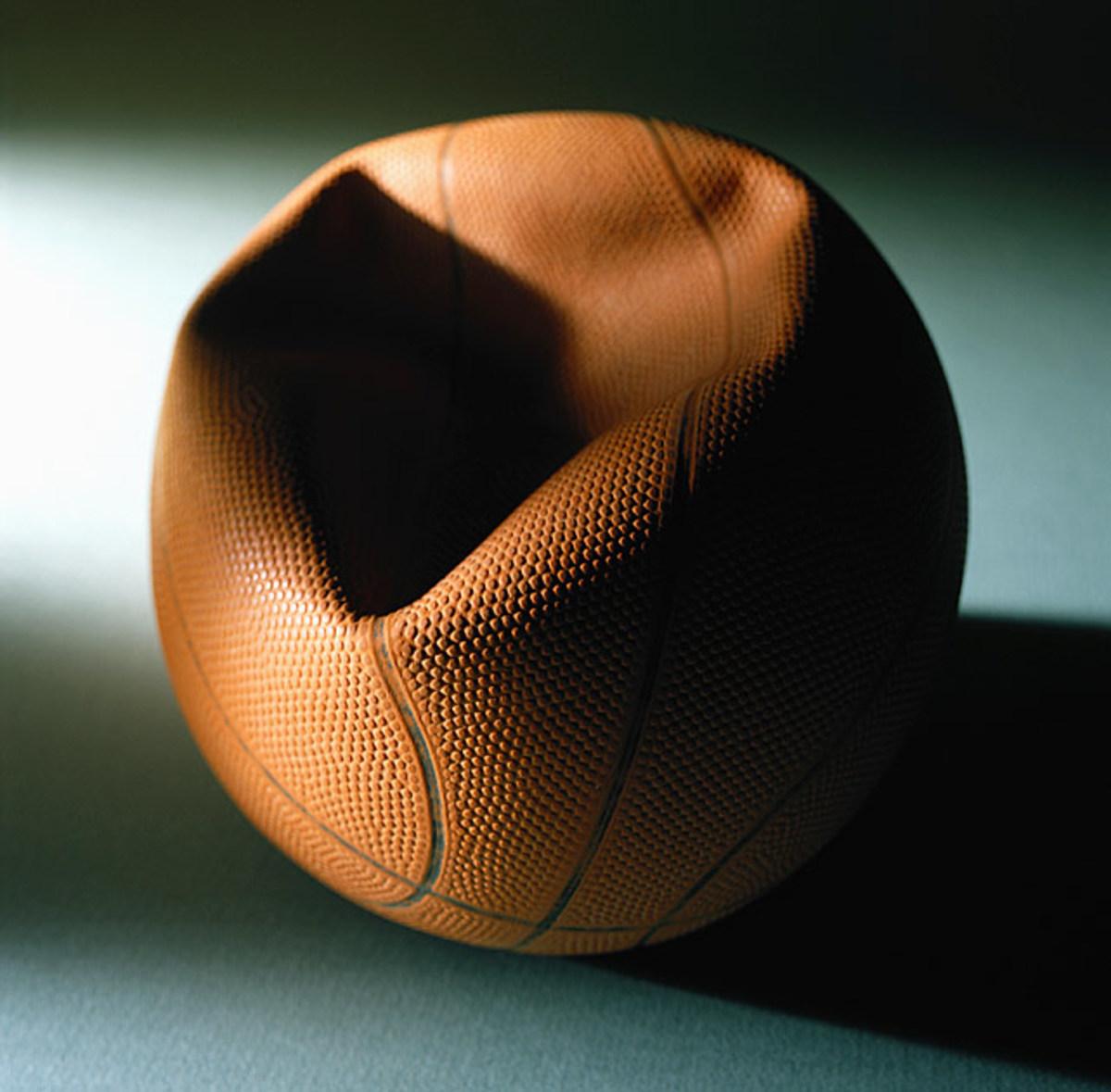 131011163213-031113-deflated-basketball-single-image-cut.jpg