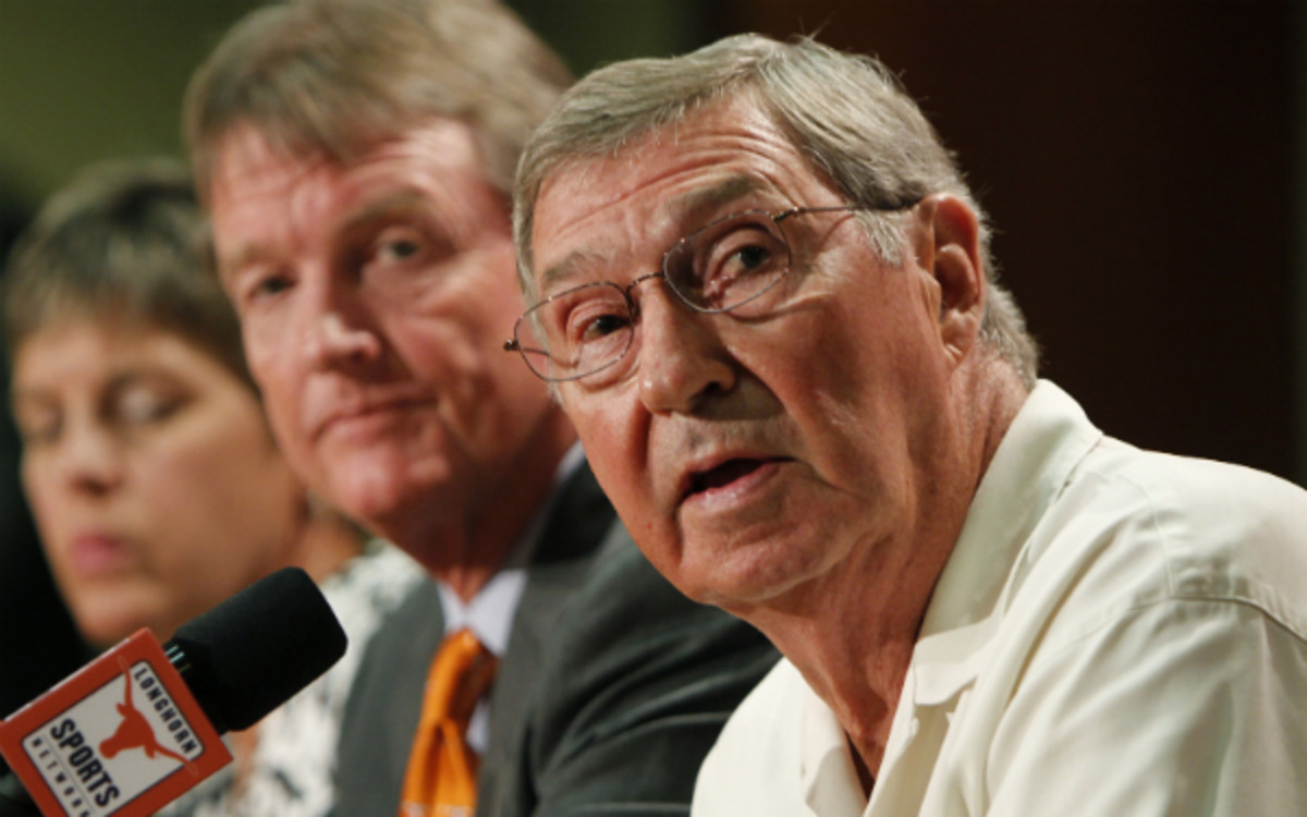 Texas athletic director DeLoss Dodds would like to see an eight-team playoff. (Erich Schlegel/Getty Images)