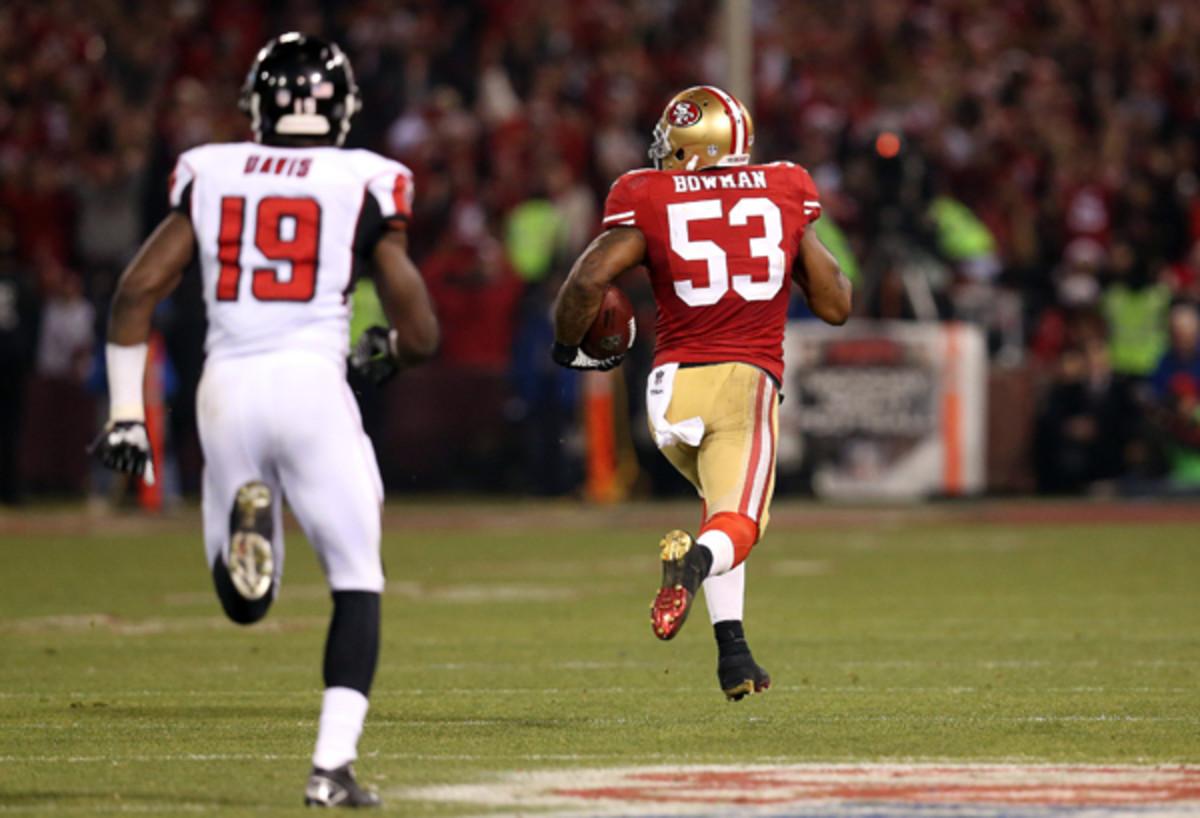 NaVorro Bowman scored the last regular-season touchdown at Candlestick Park. (Stephen Dunn/Getty Images)
