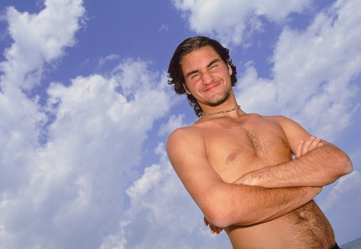 Federer hits the beaches of Key Biscayne in 2000. (Clive Brunskill/Getty Images)