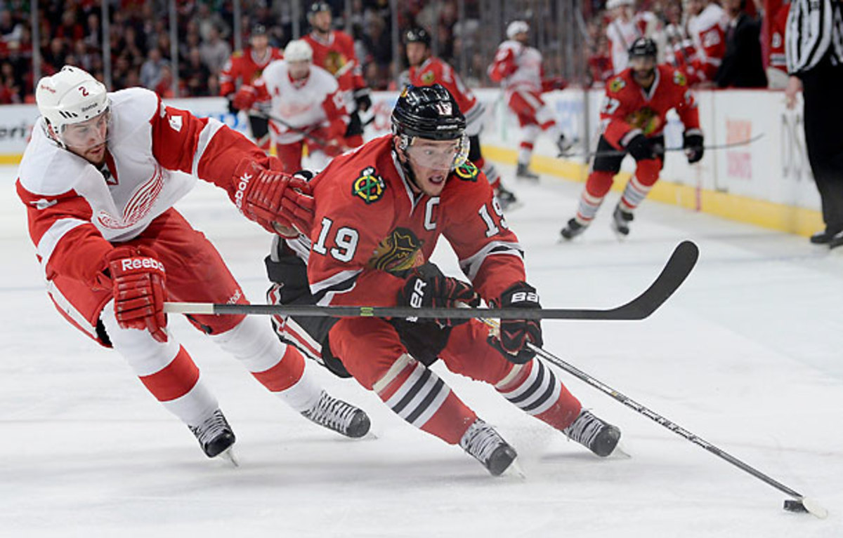 Jonathan Toews scored one of two power-play goals that sparked Chicago's Game 5 win. (Warren Wimmer/Icon SMI)