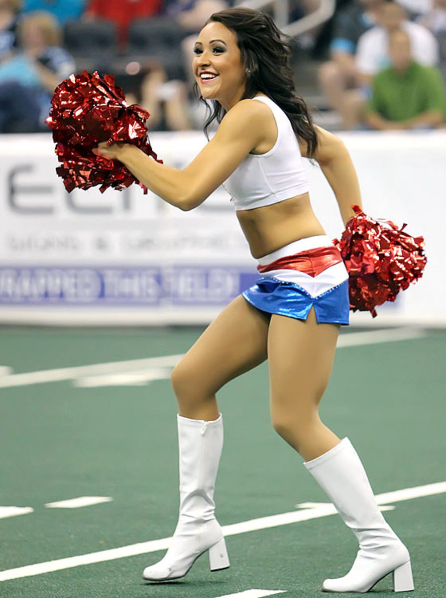 130819165413-163700-arena-bowl-by4-0328-single-image-cut.jpg