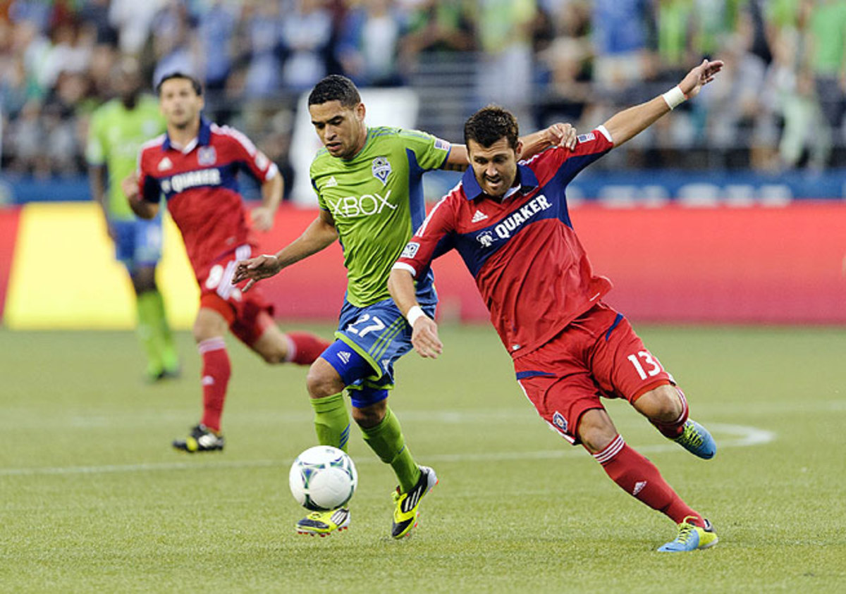 Lamar Neagle (left) was on the mark for the Sounders in their last-gasp victory over the Fire.
