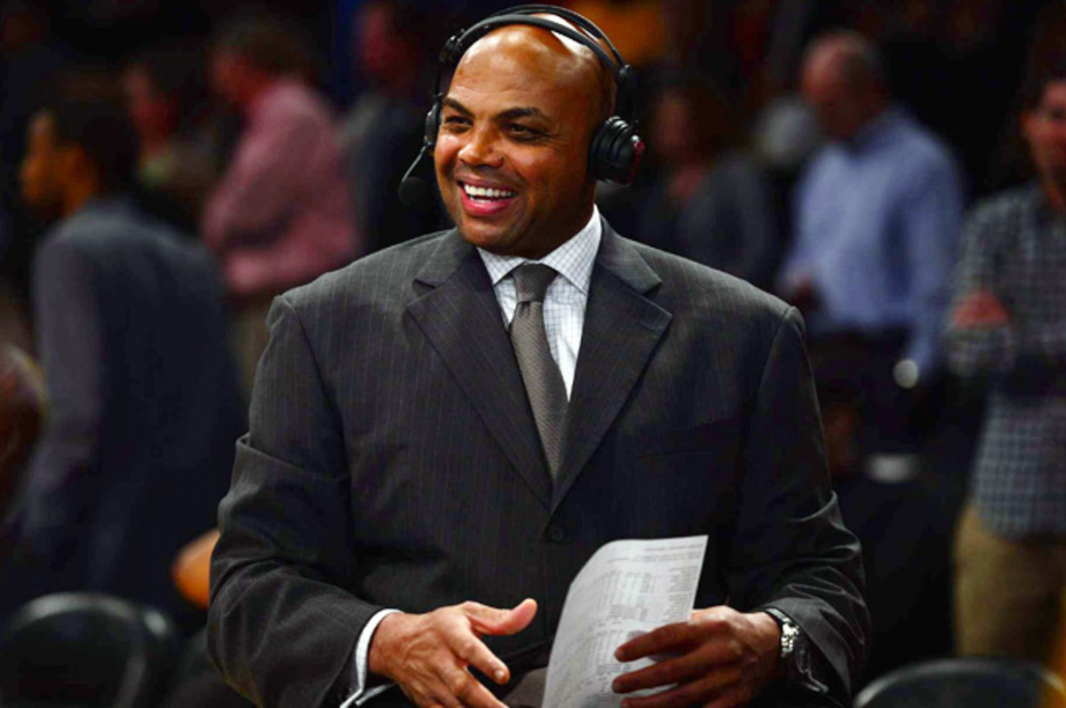 Charles Barkley says Jason Collins' lack of an NBA job has nothing to do with him coming out as gay.