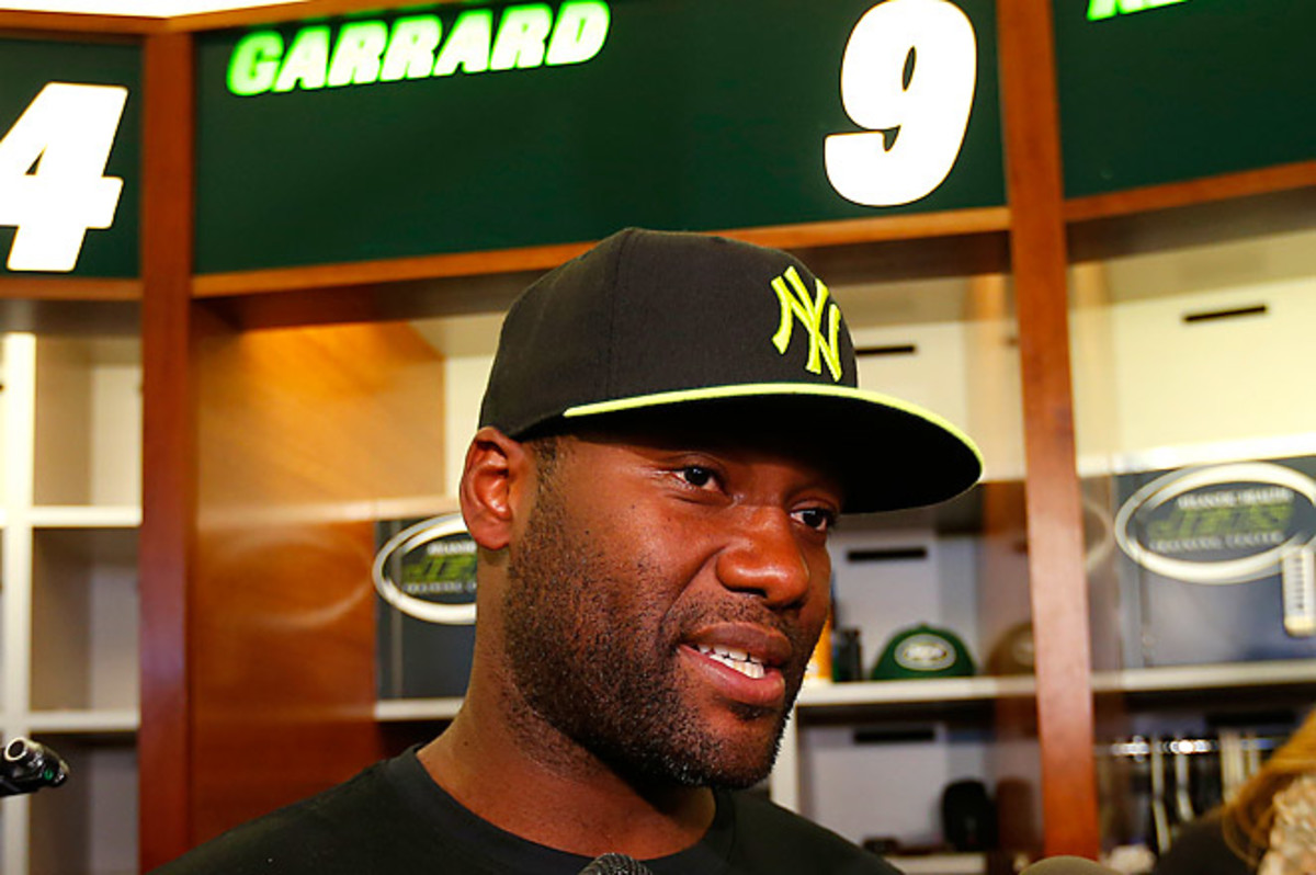 Garrard signed with New York in March but left because of knee trouble in May, and will now be on the exempt list for two games.