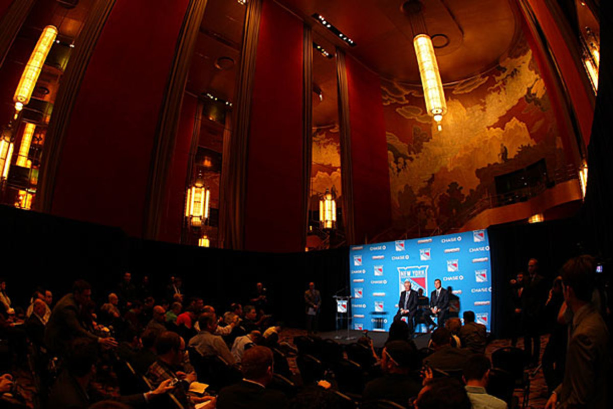 The New York Rangers announced Alain VIgneault's hiring as coach at a press conference in Radio City Music Hall.