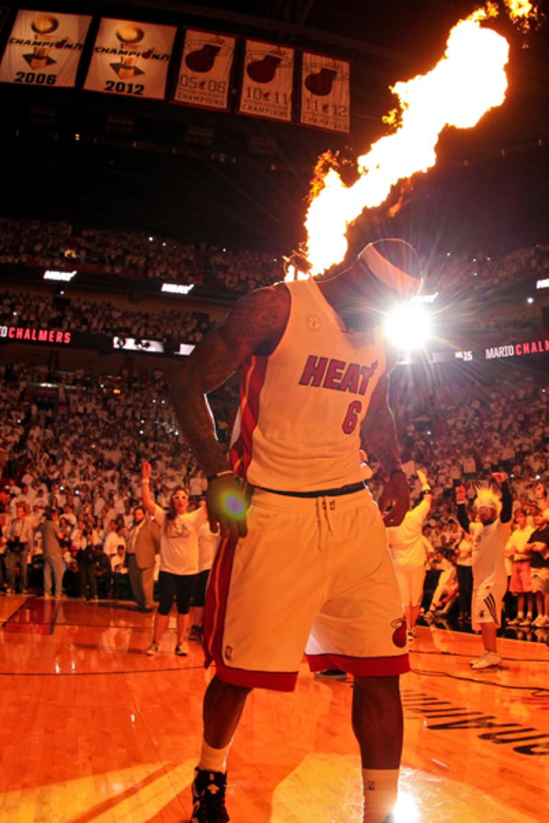 Dez Bryant says LeBron James (Jonathan Daniel/Getty Images)