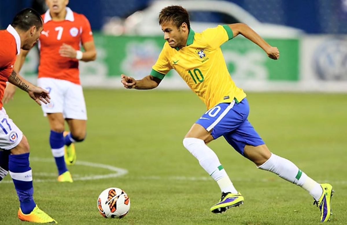 Neymar delighted the fans at Toronto's Rogers Center, but failed to score in a Brazil win over Chile.