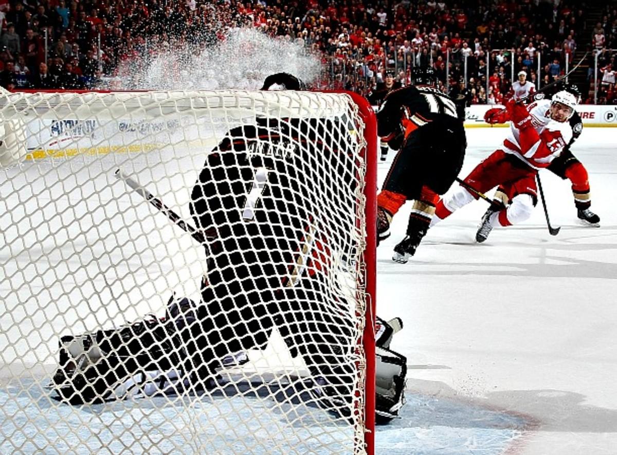 Ducks vs. Red Wings