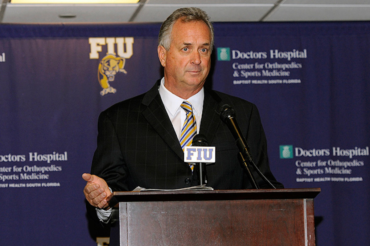 FIU coach Ron Turner issues an apology on behalf of his players who showered and changed in public.