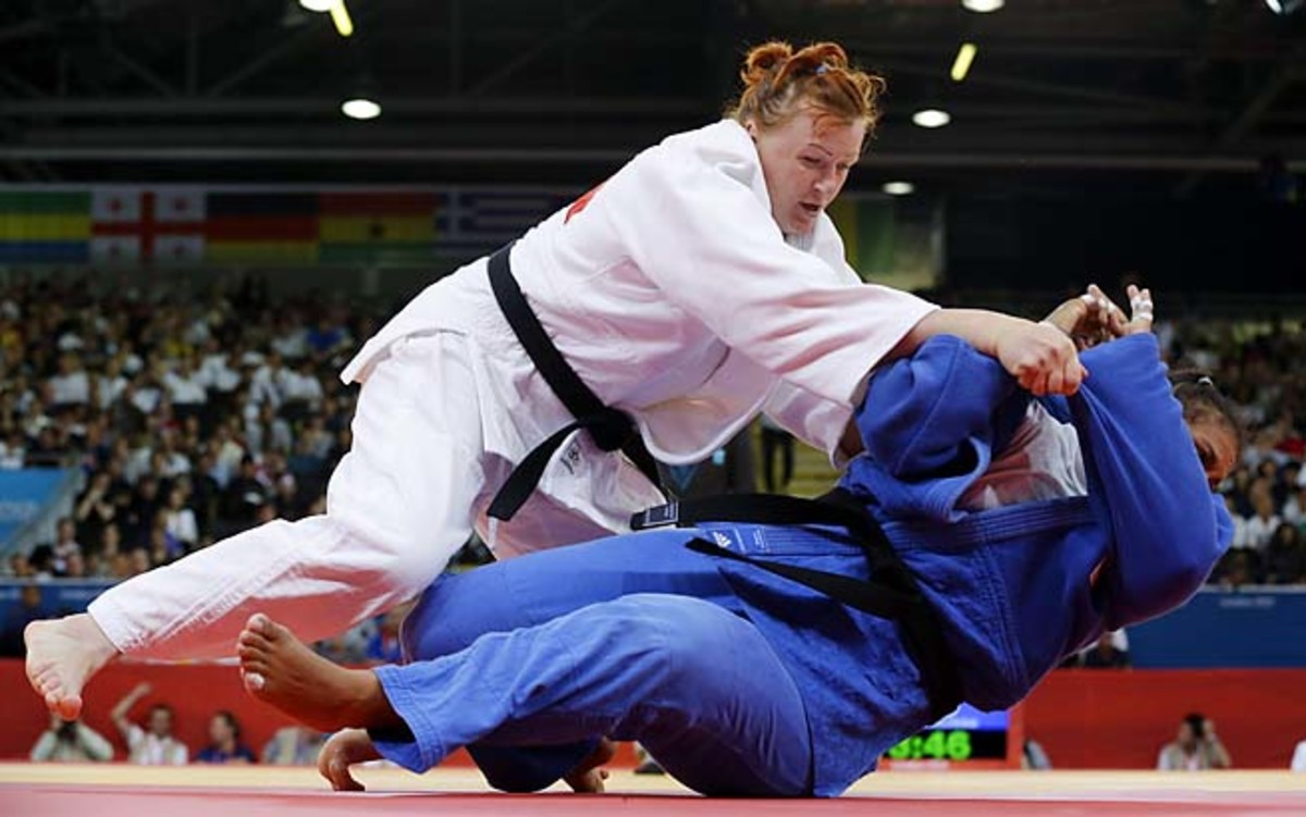 Elena Ivashchenko competes in the 78-kilogram division at the 2012 Olympics.