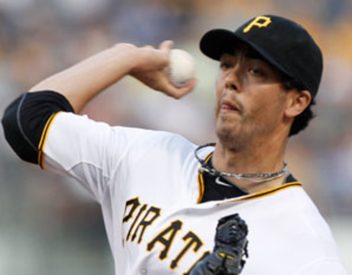 Jeff Karstens signed a one-year, $2.5 million deal to stay with Pittsburgh.
