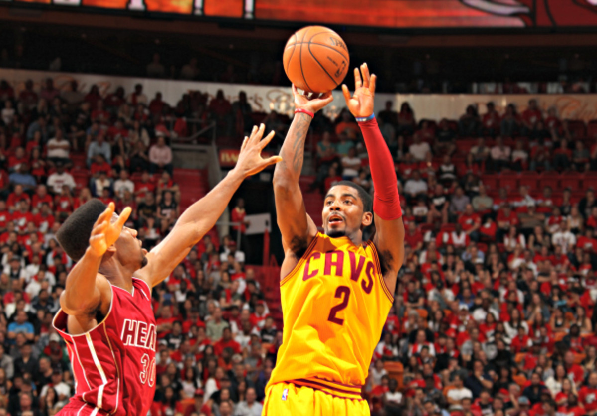 A tendency to settle for pull-up jumpers has hindered Cleveland's offense. (Issac Baldizon/NBAE via Getty Images)