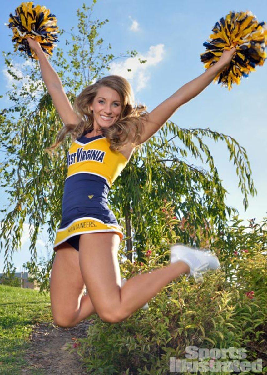 Cheerleader of the Week: Danielle   Cheerleading, Sports