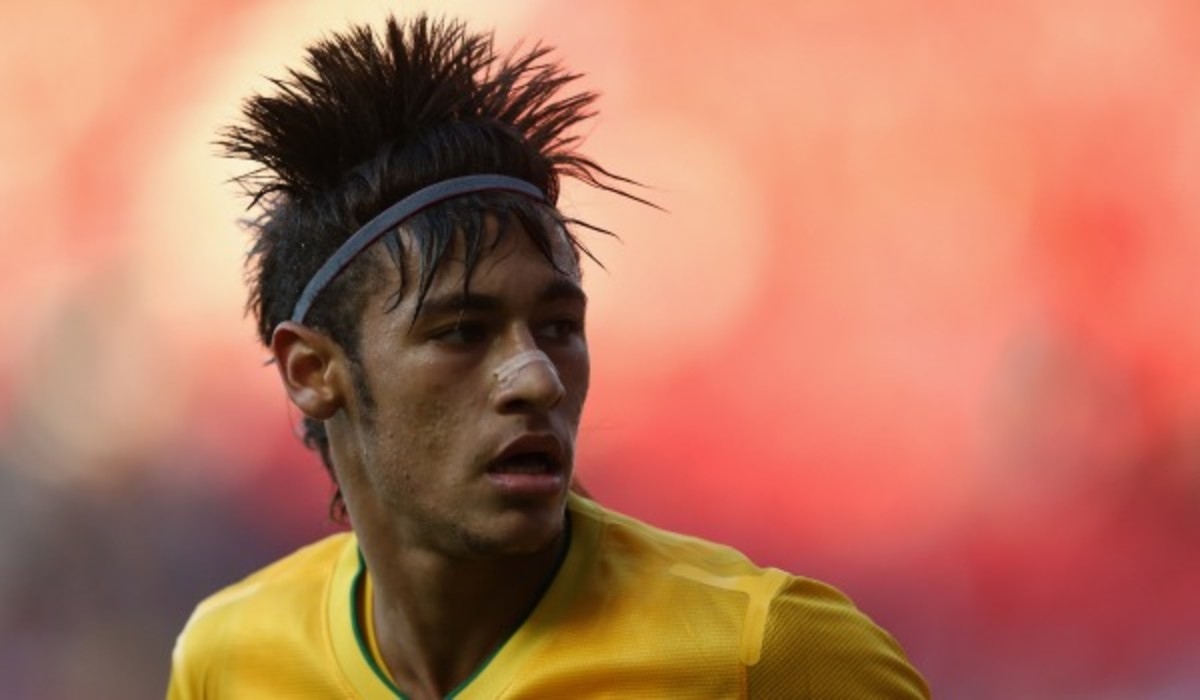 Neymar will sign a deal to join Barcelona. (Photo by Julian Finney/Getty Images)