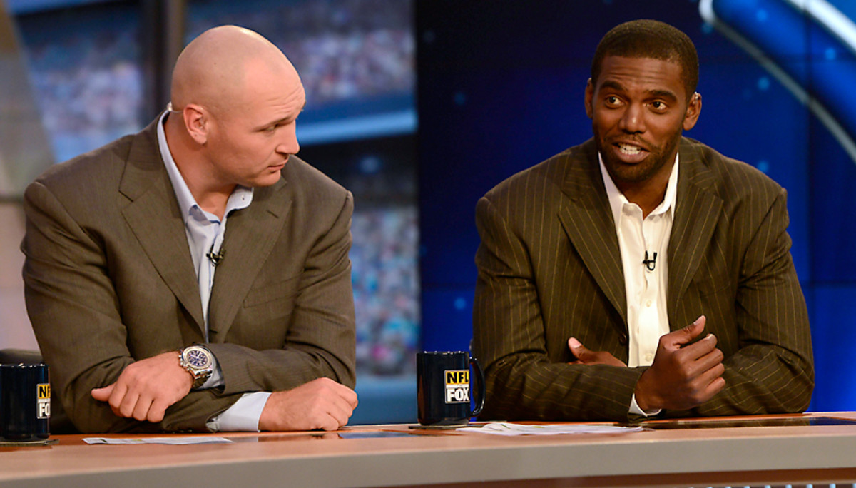 Former NFC North enemies, Brian Urlacher and Randy Moss are now peers on the TV set.
