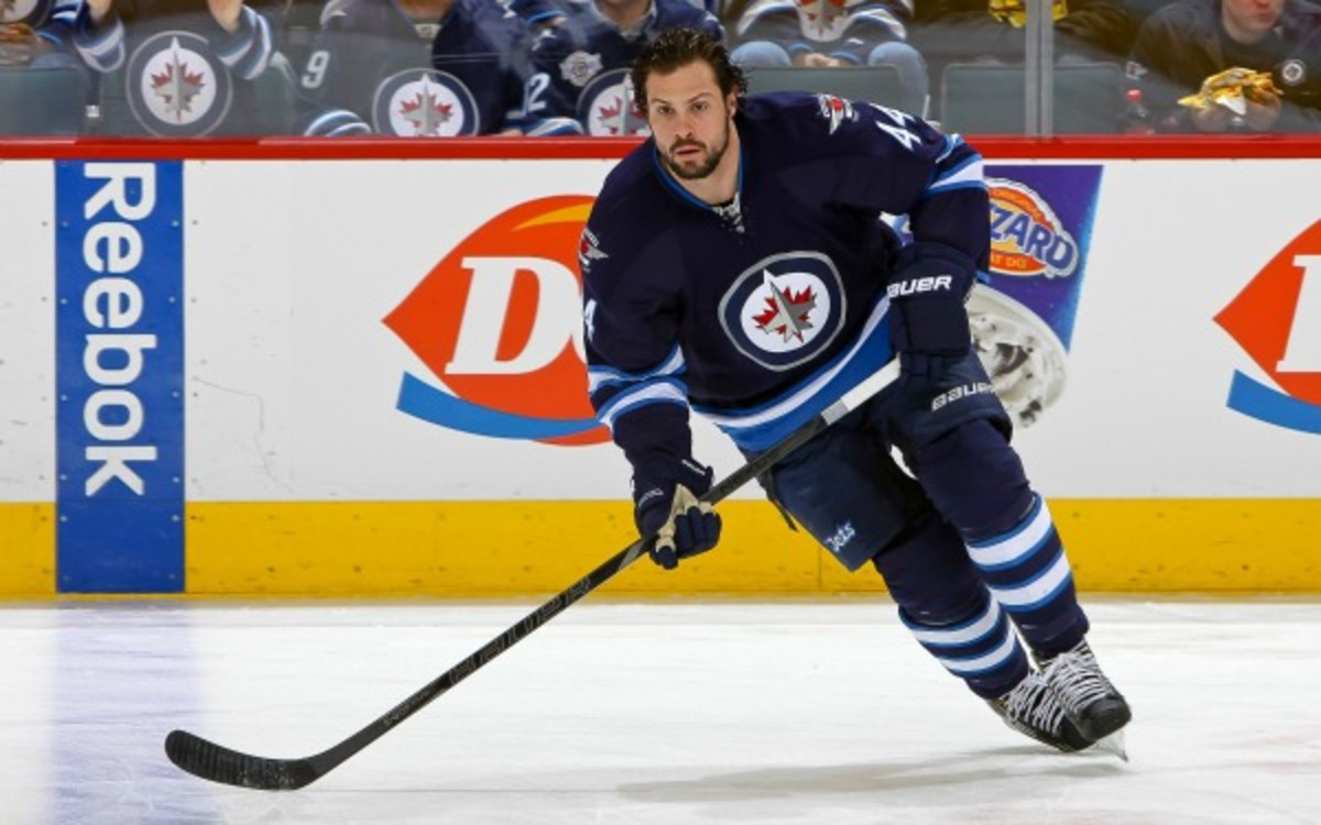 Zach Bogosian signed a 7-year, $36 million deal with the Winnipeg Jets. (Jonathan Kozub/NHL/Getty Images)